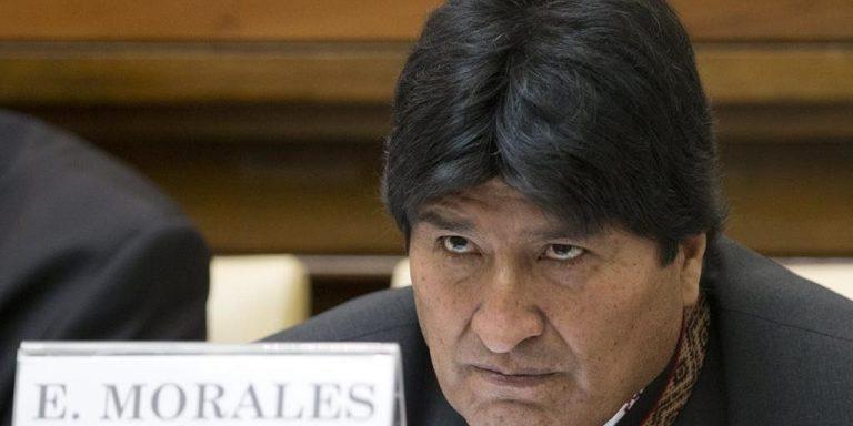 Evo Morales: «Perú quiere apropiarse de nuestras danzas y no lo permitiré»